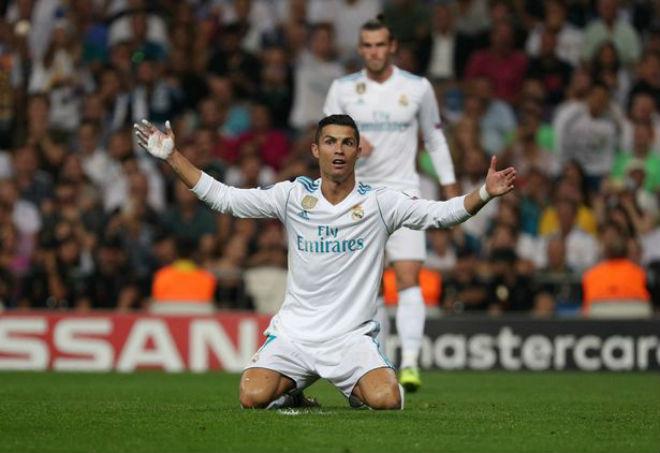 Ronaldo chói sáng ngày trở lại, cứu rỗi Real Madrid - 10