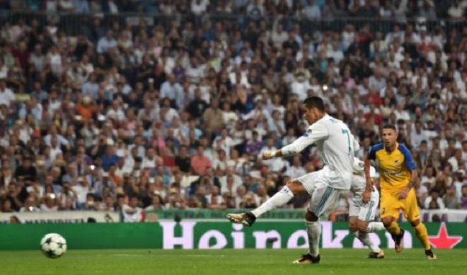 Ronaldo vượt mặt Messi, soán ngôi VUA phạt đền Cúp C1 - ảnh 2