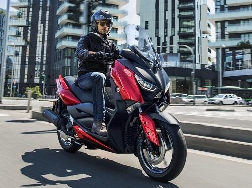 Yamaha X-Max 125 2018 sẽ ra mắt thị trường châu Âu - 1