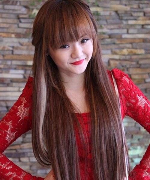 """Không kém chị, em gái Angela Phương Trinh cũng có bờ môi """"ảo thuật"""" - 4"""
