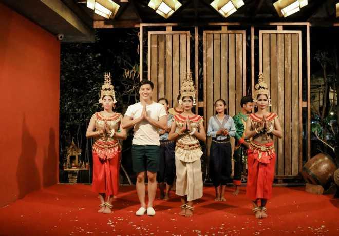 MC Nguyên Khang đi phượt Campuchia với 5 triệu đồng - 6