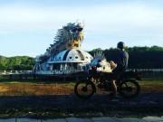 Du lịch - Du khách nước ngoài đổ xô khám phá công viên nước bỏ hoang ở Việt Nam