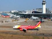 Tin tức trong ngày - Bão số 10 đang mạnh lên, 60 chuyến bay bị hủy