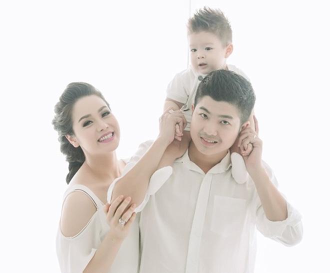 Nhật Kim Anh nổi đóa trước tin đồn chia tay chồng sau 3 năm kết hôn - 1