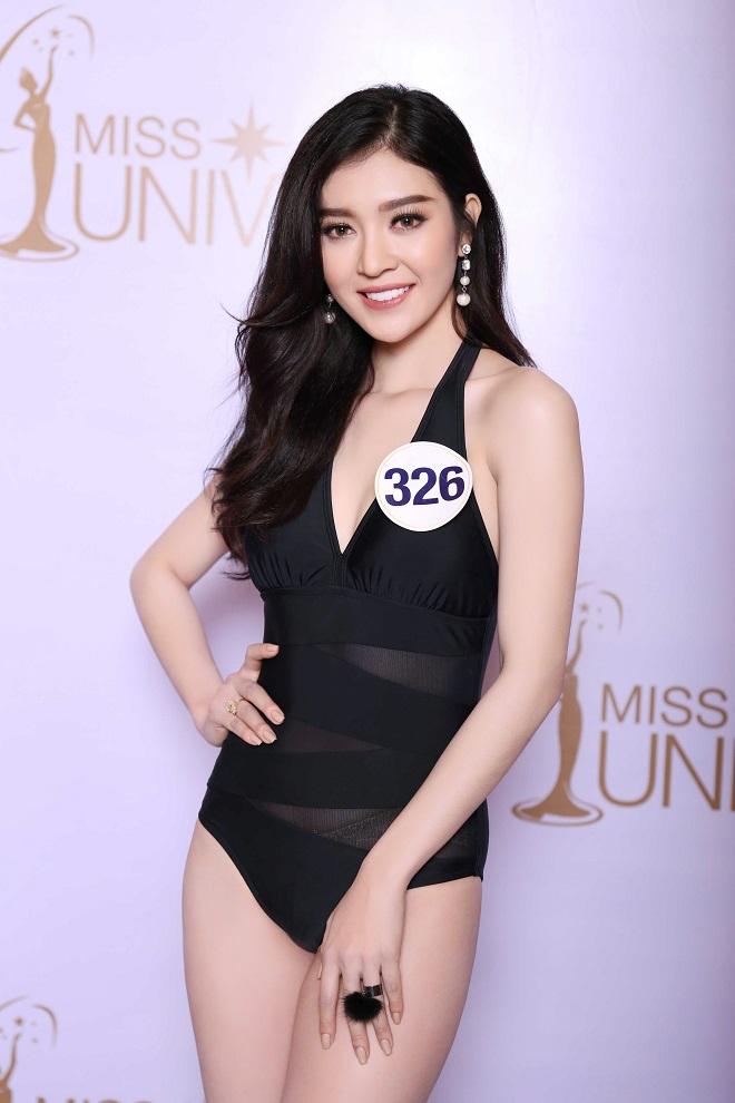 """Ảnh bikini """"rát mắt"""" của 2 mỹ nữ nuột nà thi Hoa hậu Hoàn vũ"""