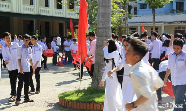 Học sinh Nghệ An được nghỉ học để tránh siêu bão - 1