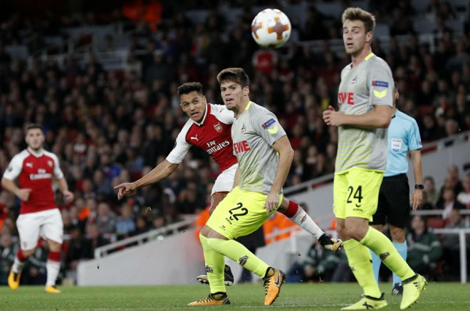 Chelsea đấu Arsenal: Wenger cầu cứu Sanchez, Hazard sắm vai sát thủ - 1
