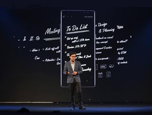 Những khoảnh khắc ấn tượng tại lễ ra mắt Galaxy Note8 ở Việt Nam - 4