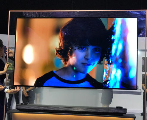 """TV OLED của LG """"làm mưa, làm gió"""" tại Mỹ năm 2017 - 2"""
