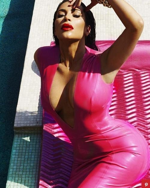 """Kiểu váy áo ngạt thở làm cô Kim """"siêu vòng 3"""" phô 3 vòng siêu tưởng - 11"""