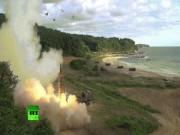 Thế giới - HQ tung video phóng hai tên lửa sát biên giới Triều Tiên