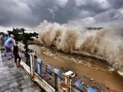 Tin tức trong ngày - Nhìn lại sức tàn phá khủng khiếp của bão số 10 khi đổ bộ miền Trung