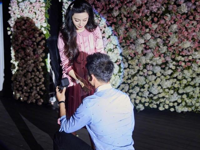 Lý Thần quỳ gối cầu hôn Phạm Băng Băng trong ngày sinh nhật