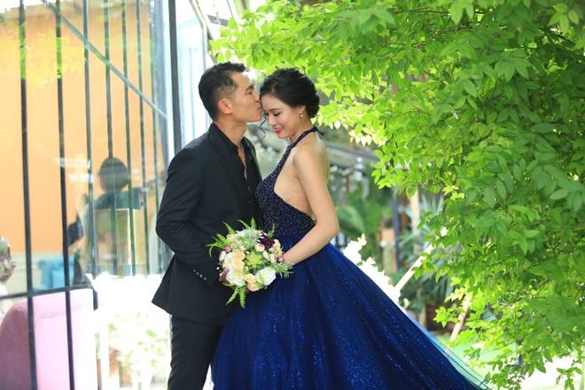 """Sau 2 năm, Vân Quang Long khoe ảnh cưới """"vợ hai"""" kém 10 tuổi - 2"""
