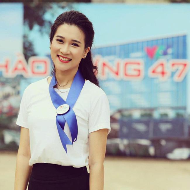 Khánh Trang trở thành người dẫn chương trình chính thức của chương trình Thời sự 19h trên VTV bắt đầu từ ngày 2/2/2017.