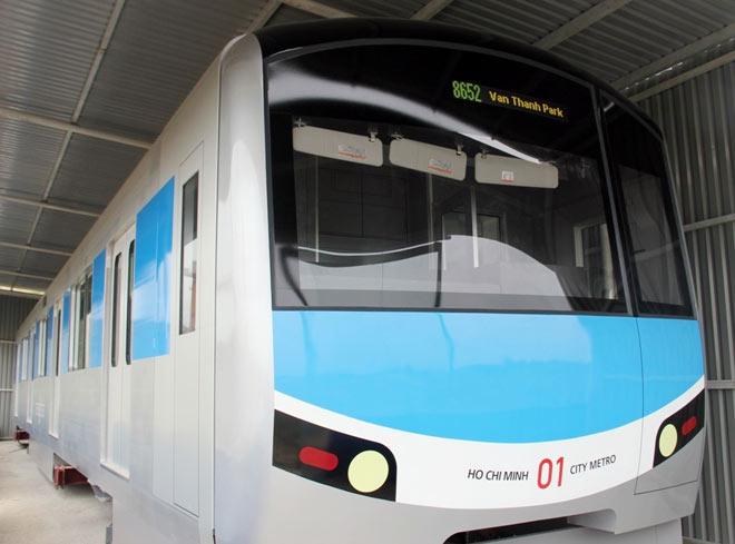 Lộ diện mẫu thiết kế tàu metro Sài Gòn mô phỏng đầu máy bay - 3