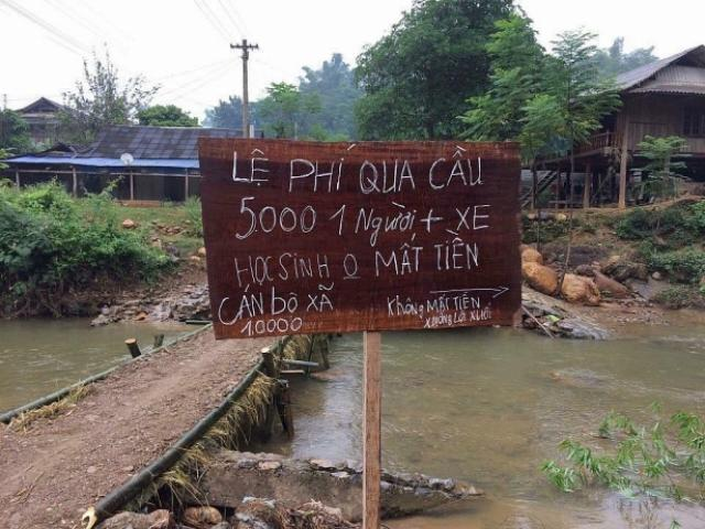 """""""BOT làng"""" ở Lai Châu: Dân dùng tre lập chốt, thu phí 50.000 đồng/lượt xe - 2"""