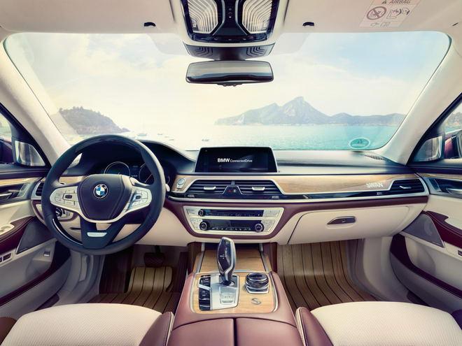 BMW M760Li Nautor's Swan: Xe sang cảm hứng du thuyền - 2