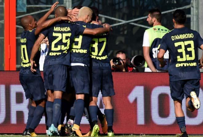 """Crotone - Inter Milan: """"Tí hon"""" đe dọa thành tích 100% - 1"""