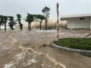 Tin tức trong ngày - Bản tin thời tiết 10h: Hậu bão số 10, nước lũ miền Trung đang lên rất nhanh