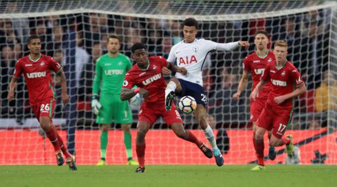 Tottenham - Swansea: Gặp họa từ xà ngang và trọng tài 2