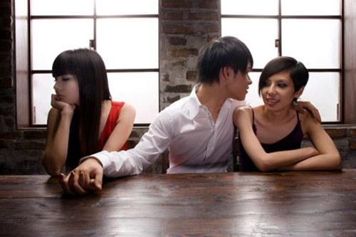 Lạ đời hai cô gái bị lừa đau đớn vẫn si mê gã Sở Khanh - ảnh 2