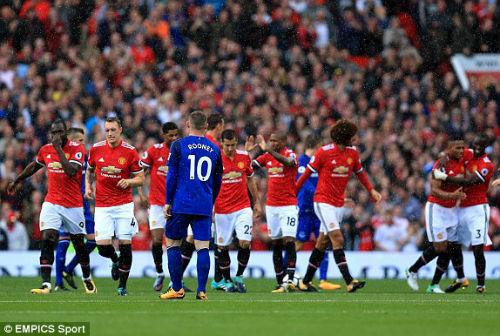 Chi tiết MU - Everton: Nhấn chìm trong cơn mưa bàn thắng (KT) - 6