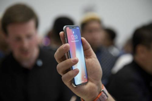 """Tại sao Apple phải """"né"""" Android khi giới thiệu iPhone X? - 3"""