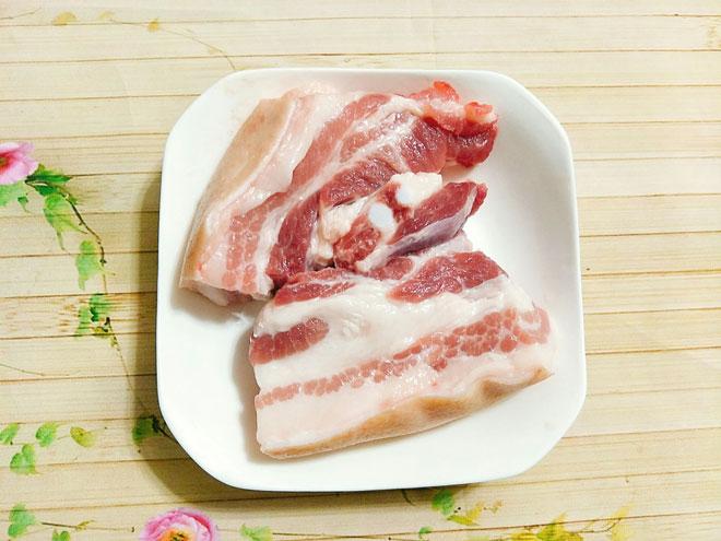 """Công thức làm thịt ba chỉ lắc quất, món ăn đang khiến chị em """"phát cuồng"""" - 3"""