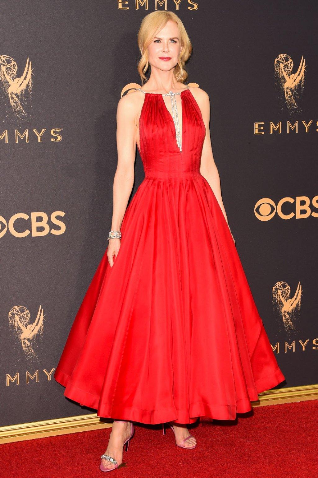 Lễ trao giải Emmy: Vợ cũ Tom Cruise và HBO đại thắng - 7