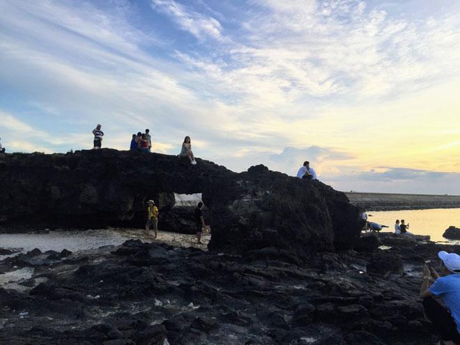 Check-in ngay 15 địa điểm sống ảo cực chất trên đảo Lý Sơn - 2
