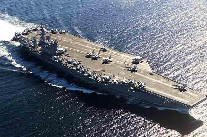 Mỹ sắp đưa đội tàu sân bay hạt nhân áp sát Triều Tiên - 1