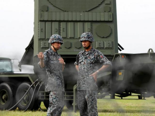 """Oanh tạc cơ, chiến đấu cơ Mỹ bay """"dằn mặt"""" sát Triều Tiên - 3"""