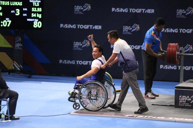 """""""Địa chấn"""" Para Games: 2 lực sỹ Việt phá sâu kỷ lục đại hội 6"""