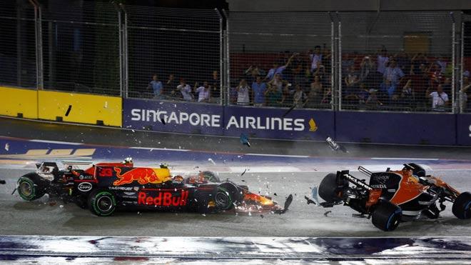 """Đua xe F1, Singapore GP: """"Ngựa chiến"""" tự sát, """"Mũi tên bạc"""" chạm vinh quang 1"""