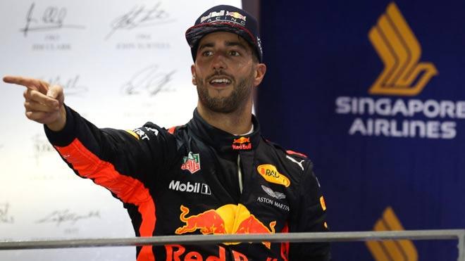 """Đua xe F1, Singapore GP: """"Ngựa chiến"""" tự sát, """"Mũi tên bạc"""" chạm vinh quang 4"""