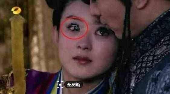 Phì cười với những hạt sạn trong phim cổ trang Trung Quốc - 12