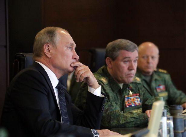 Ông Putin thị sát cuộc tập trận lớn nhất trong nhiều năm - 4