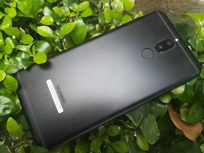 Rò rỉ ảnh rõ nét chiếc smartphone 4 camera đầu tiên của Huawei - 1