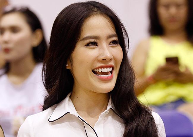 Dàn hoa hậu, hot girl gây sốt trên sân bóng rổ ở Sài Gòn 10