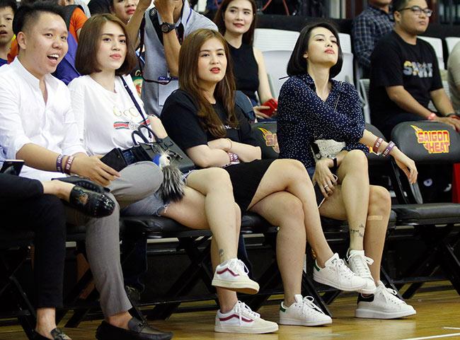 Dàn hoa hậu, hot girl gây sốt trên sân bóng rổ ở Sài Gòn 6