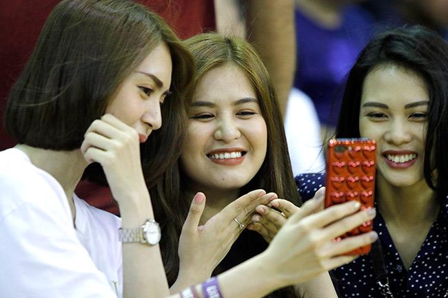 Dàn hoa hậu, hot girl gây sốt trên sân bóng rổ ở Sài Gòn 4