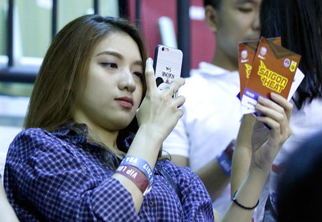 Dàn hoa hậu, hot girl gây sốt trên sân bóng rổ ở Sài Gòn 3