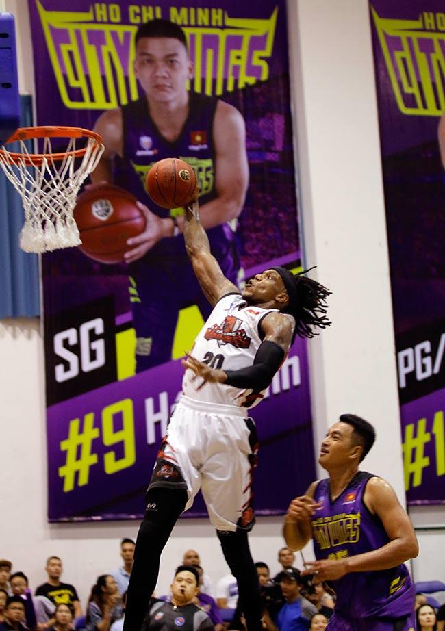 Dàn hoa hậu, hot girl gây sốt trên sân bóng rổ ở Sài Gòn 1