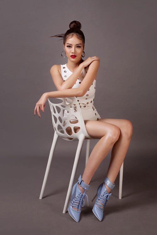 Choáng với áo tắm mặc như không của nàng hoa hậu Việt úp mở lấy đại gia - 8