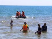 Giám đốc Ban quản lý ở Quảng Ngãi mất tích khi tắm biển
