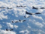 Oanh tạc cơ, chiến đấu cơ Mỹ bay  dằn mặt  sát Triều Tiên