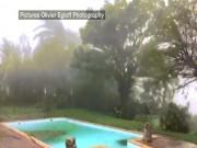 Bão Maria thành  quái vật , phá tan nhà Thủ tướng Dominica