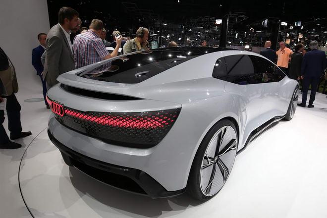Audi Aicon: Xe sang siêu hiện đại tự lái 100% - 6