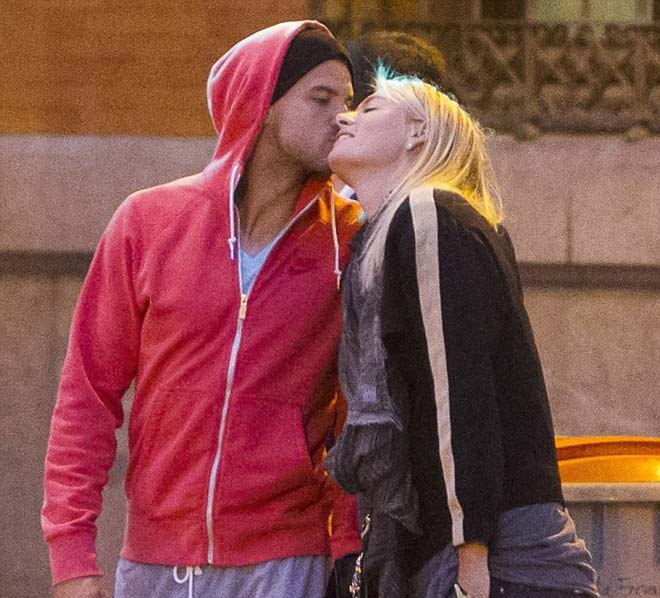 Sharapova & quan hệ với bạn trai: Hẹn hò 7 chàng, bắt cá hai tay vẫn ế 1